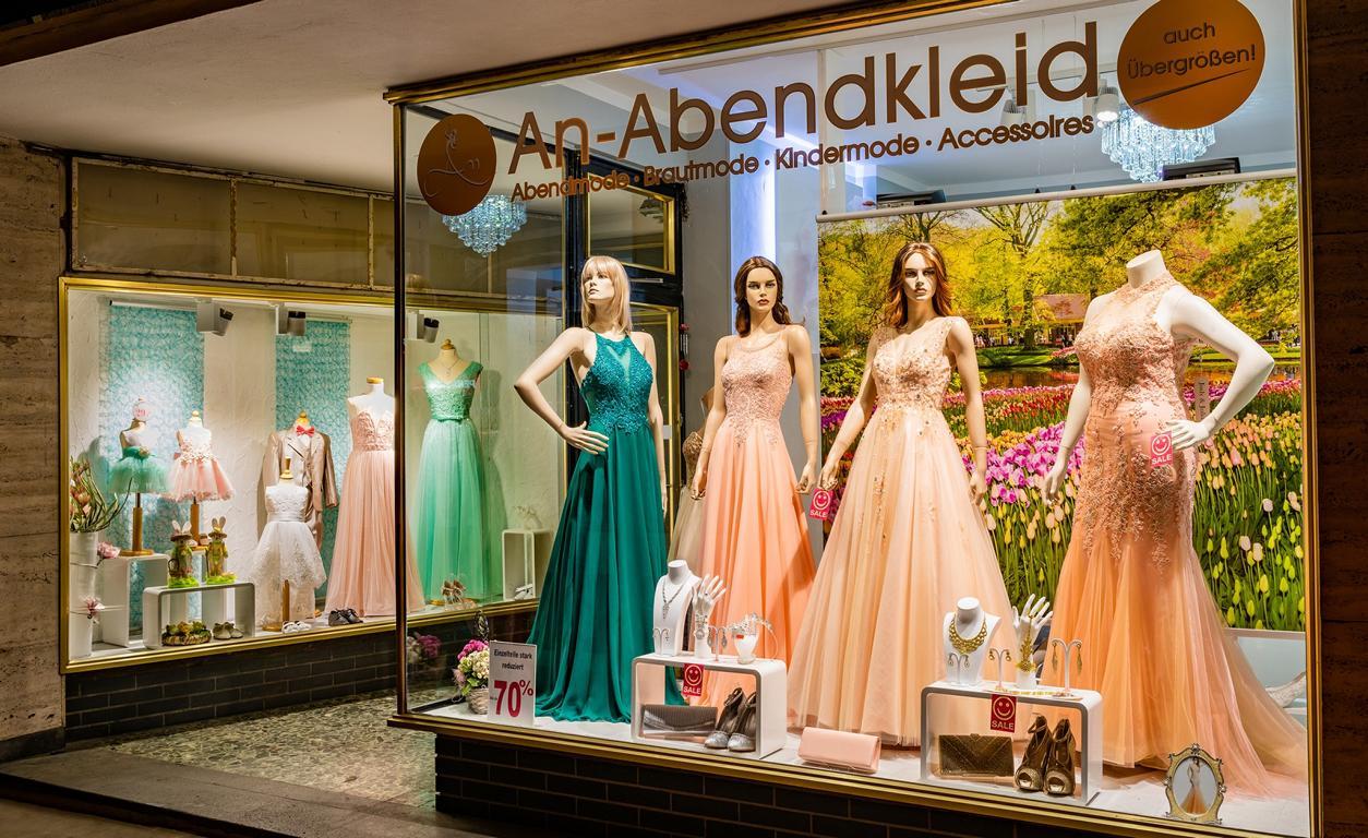 Mode besonderen Anlass Abendkleid Aachen, Brautkleider